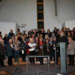 Vi er gjester i Vyborg Baptistkirke og blir med og synger under gudstjenesten søndag. Bildet er fra hjelpesendingsturen  høsten 2013